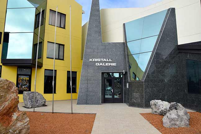 Kristall Gallery Entrance